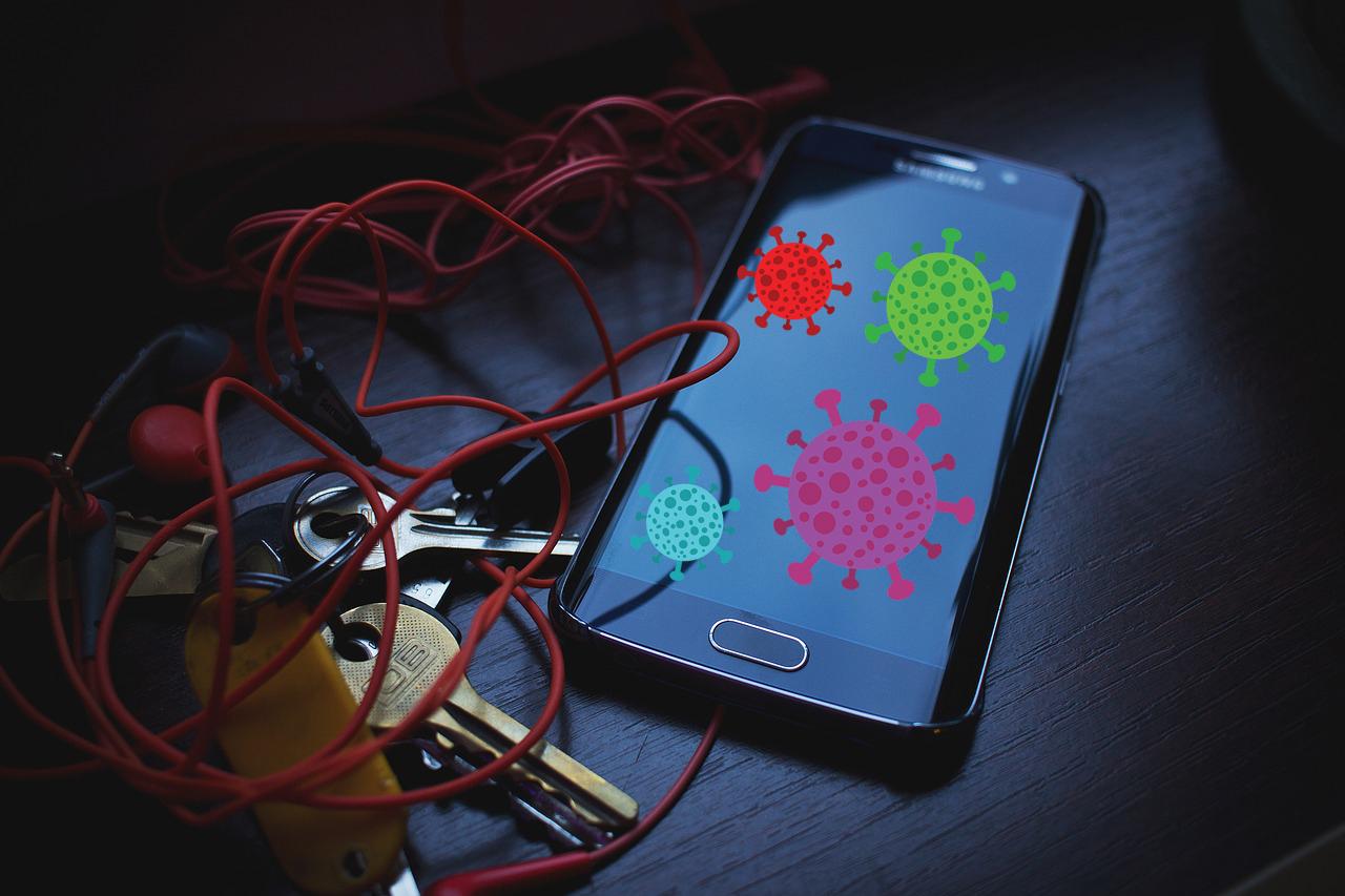 Handy desinfizieren: So wird Ihr Smartphone virenfrei